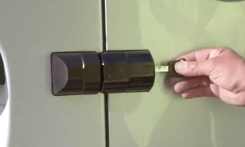 Armadlock serrure 3 points utilitaires mul t lock
