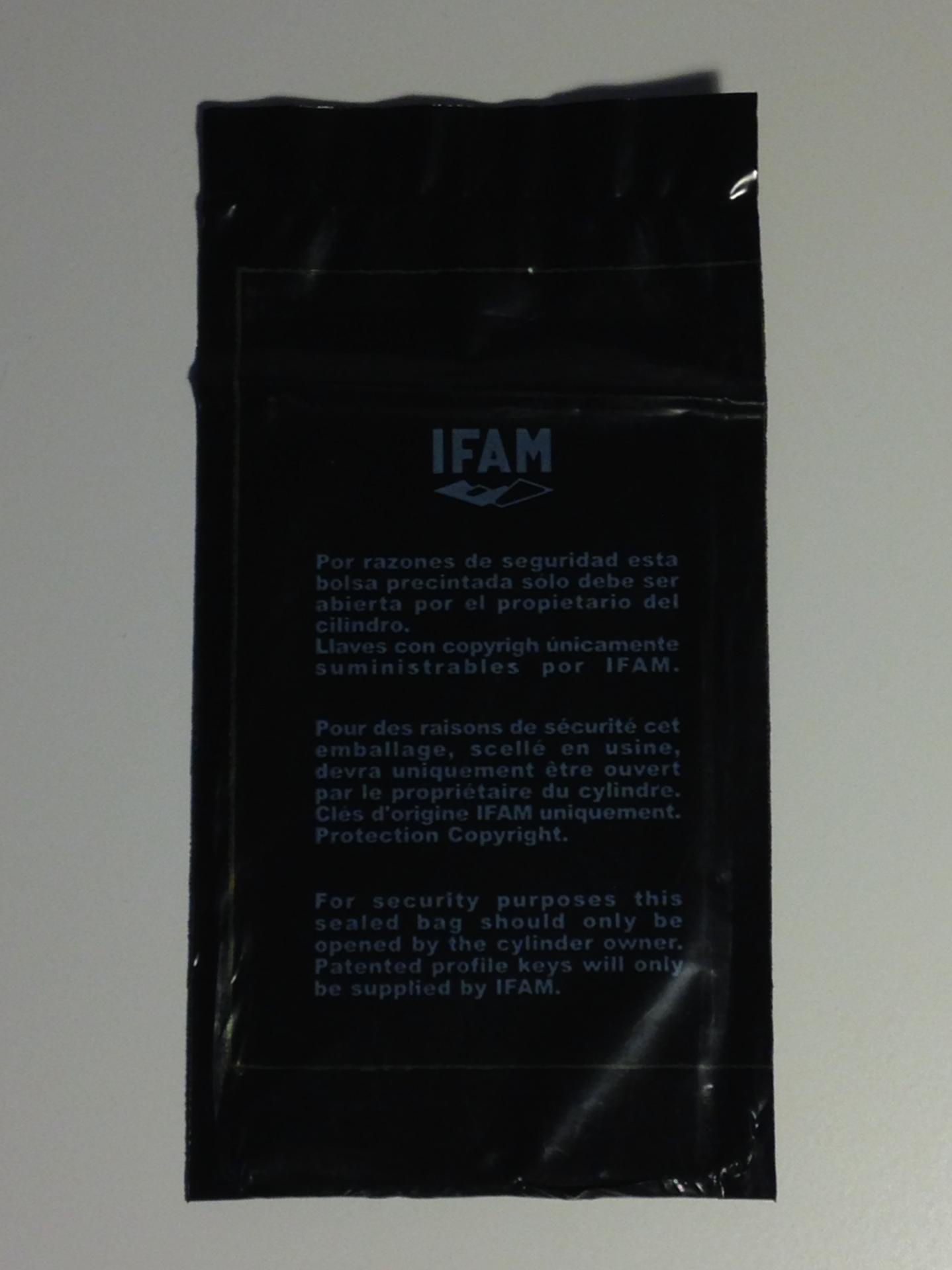 Cylindre wx ifam carte sous sachet scelle