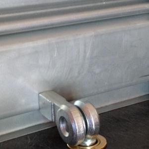 Serrure pour rideaux metalliques viro 696