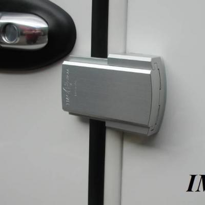 Serrure de securite pour porte CHAUFFEUR de camping-car, avec verrouillage intérieur.  IMC1508 (sans clé à l'extérieur)